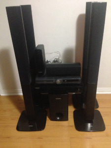 COMES WITH - 5 SPEAKERS AND 1 BOOMBOX - 1 AMPLIFIER WIRELESS CAL