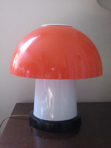 Vintage Retro Mod Orange Mushroom Dome Table Lamp