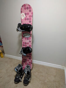 Snowboard size 149, Boots size 9 and Bindings