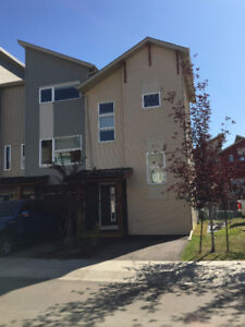 #145, 401 Southfork Dr. Leduc, Townhouse condo fully furnished