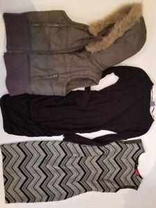 Lot de vêtements- Femme- Medium- 50$