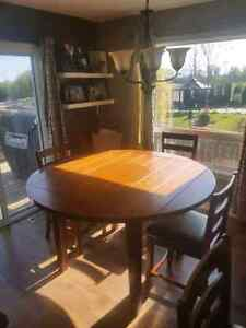 Pub style kitchen table with 6 chairs Kawartha Lakes Peterborough Area image 2