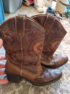 b0d98121fd8 Roper Boots | Kijiji in Alberta. - Buy, Sell & Save with Canada's #1 ...