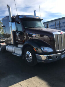 2016 Peterbilt 579 with trailer