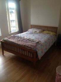 Spacious Double Room - 53 Ulsterville Gardens