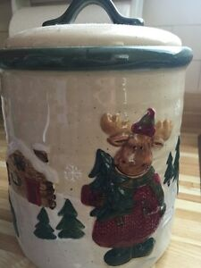 Winter Theme Cookie or Storage Jar - brand new