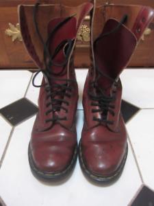 Vintage Doc Martins 1914 Air Wairs Boots