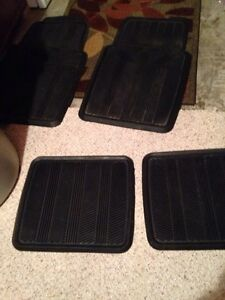 Vehicle SUV floor mats heavy rubber were in our Jeep