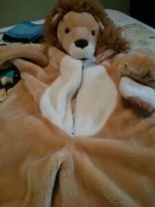 Cute toddler lion costume!!