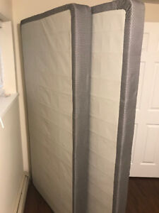 Free- low profile, split, King box spring