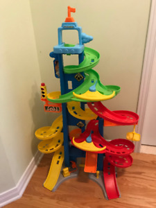 Fisher Price - Little People - City Skyway Playset