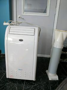 Climatiseur portatif 9000BTU Novus appliances **neuve
