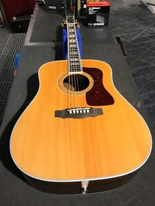 JUST IN! GUITARE ACOUSTIQUE GUILD D55 SECONDE MAIN