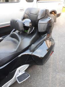 Moto Spyder
