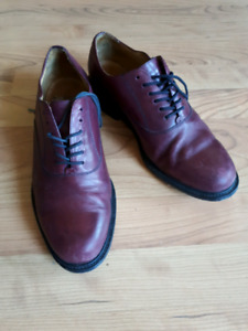 Men's Land's End Oxford style shoes (used)