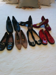 GROUP RELOVED SHOES SIZE 4-6.5