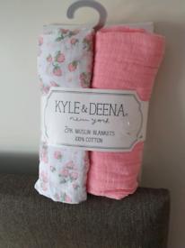 Kyle and deena muslin blankets