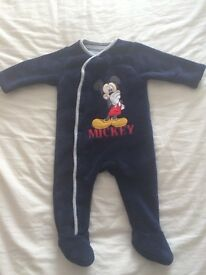 Micky mouse thick suit 6-9months