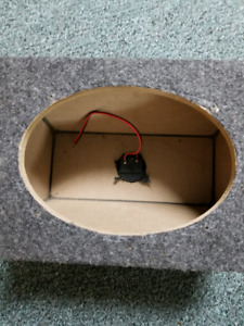 2 High Quality 6x9 Speaker Boxes