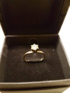 Jewelry for spring - Wedding Ring Size 5 MINT