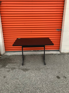 Training Table, Excellent Condition, Cheap Price!