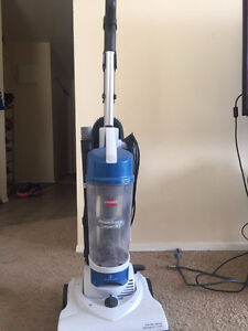 Bissell 1009 AeroSwift Compact Vacuum $40