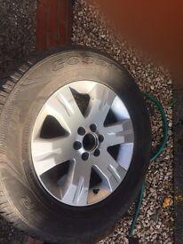 Navara pathfinder hilux Isuzu tyres 255 65 17