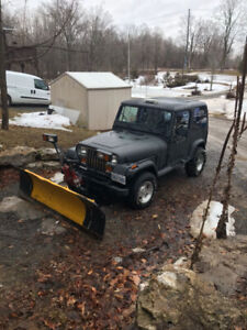 1992 Jeep yj plow sander new brakes tires need floor patched for
