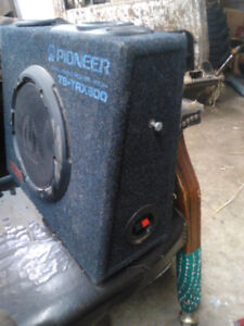 "10"" pioneer sub in ported box"