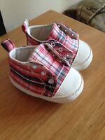 Baby shoes size 1