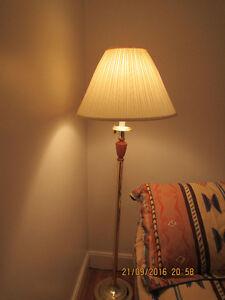 Tri Light Floor Lamp with Swing Arm