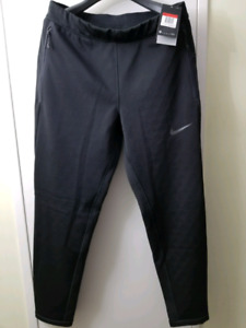 Nike Therma Sphere fleece pants large