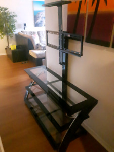 Like New Glass/Metal TV Stand w/ Swivel Mount