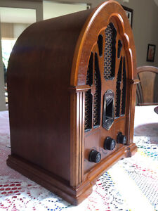 Radio,GE vintage cathedral radio,1930s reproduction AM/FM. North Shore Greater Vancouver Area image 5