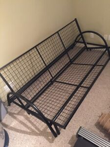 Black metal Futon frame – Light weight design
