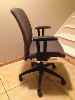 Office chair! 50$ Never used, less then half original cost