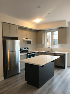 BRAND NEW 4 BEDROOM TOWNHOUSE BY LAKE ONTARIO! BASEMENT FINISHED