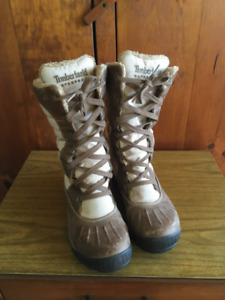 EUC Timberland Women's Earthkeepers Mount Holly Tall Lace Boots