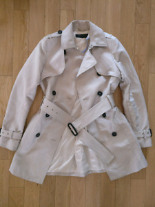 CLOTHING-OUTERWEAR