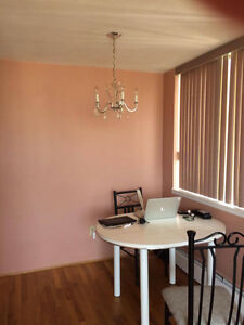 $860 Westend Private Room