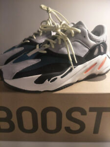 Brand New Yeezy 700 Wave runners from Livestock Size 10.5