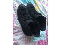 All black converse size 3