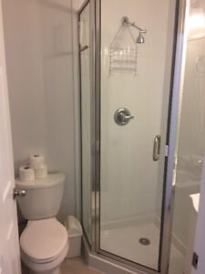 FEMALE HOUSE, BIG FURNISHED ROOM WITH PRIVATE BATH, AVAIL Apr. 1