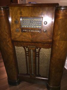 Radio console antique (Stromberg-Carlson)