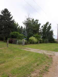 Beautiful country building lot