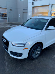 2015 Audi Q3 for sale. VERY LOW KM'S & 2 SETS OF TIRES ON RIMS!