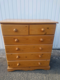 Pine chest of drawers WILL DELIVER