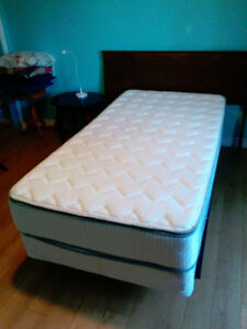 Single Bed (Matress, Box Spring & Bed Frame) for Sale
