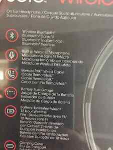 Beats solo2 wireless Oakville / Halton Region Toronto (GTA) image 2