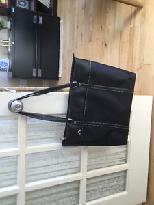 Briefcase for laptop for a women
